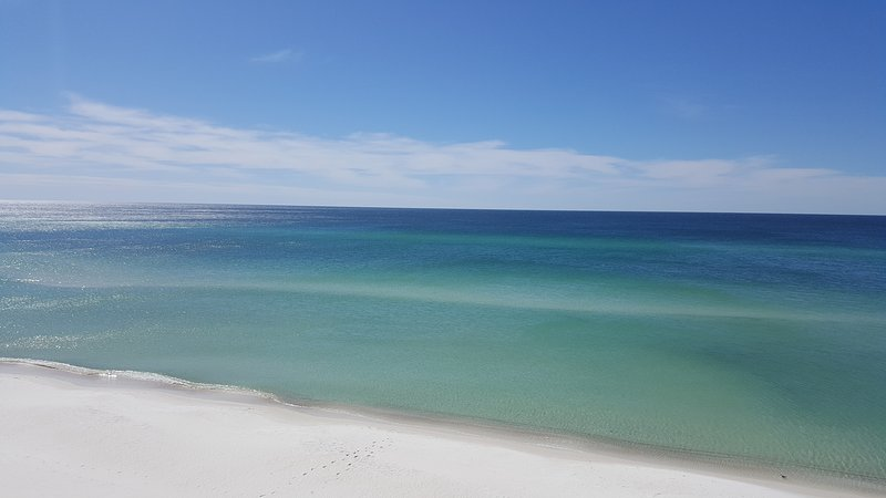 Vista del Golfo de México desde su balcón privado.
