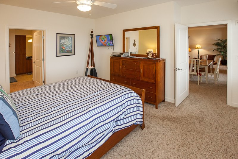 B331 Triple Play - TripAdvisor - Holiday Home in Virginia Beach