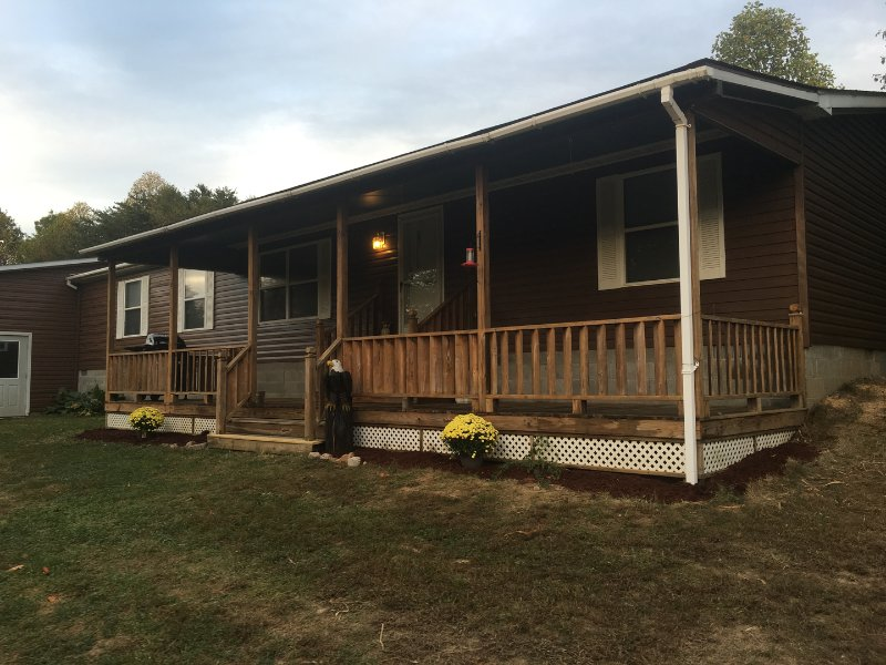 Eagles Landing 1st Choice Cabin Rentals Hocking Hills, location de vacances à Haydenville