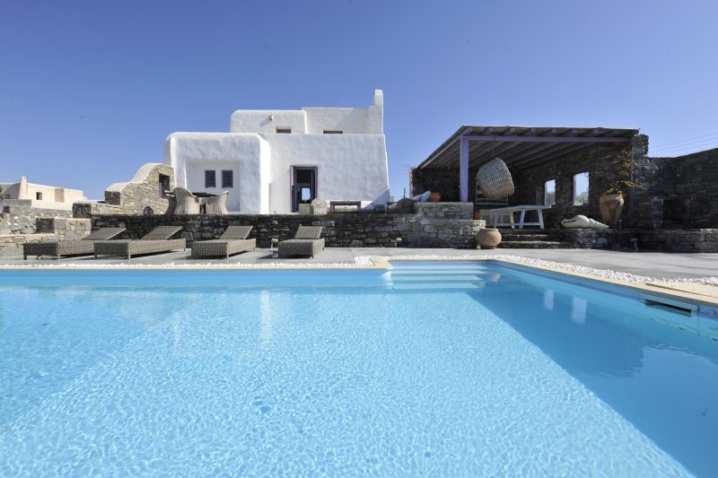 Executive Four Bedroom Villa Sea View with Private Pool, vacation rental in Nea Chryssi Akti
