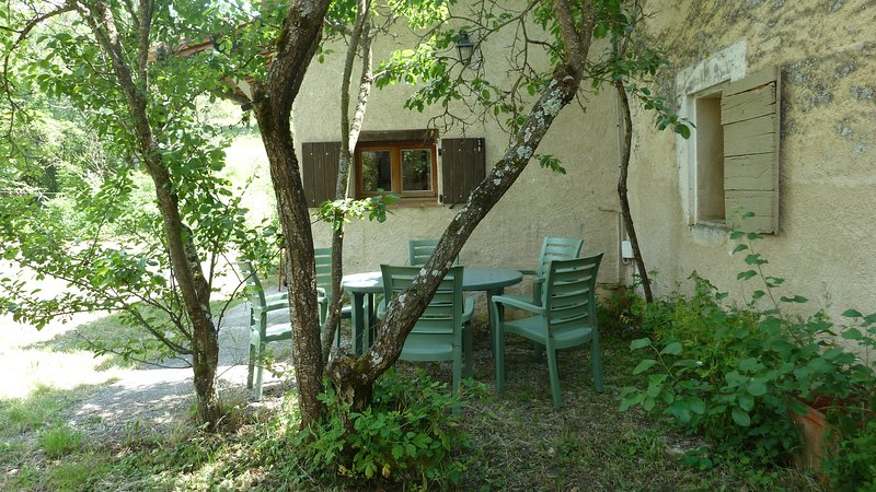 Location de Gite en Haute Provence, vacation rental in Oppedette