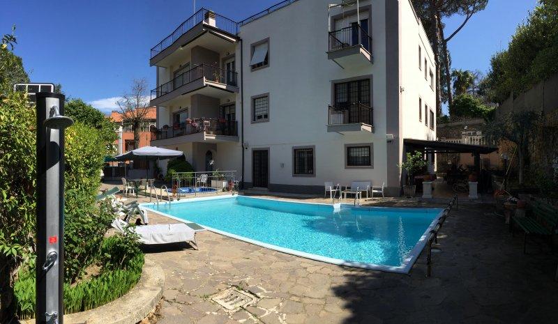 Casa vacanza Le Camelie, location de vacances à Pavona