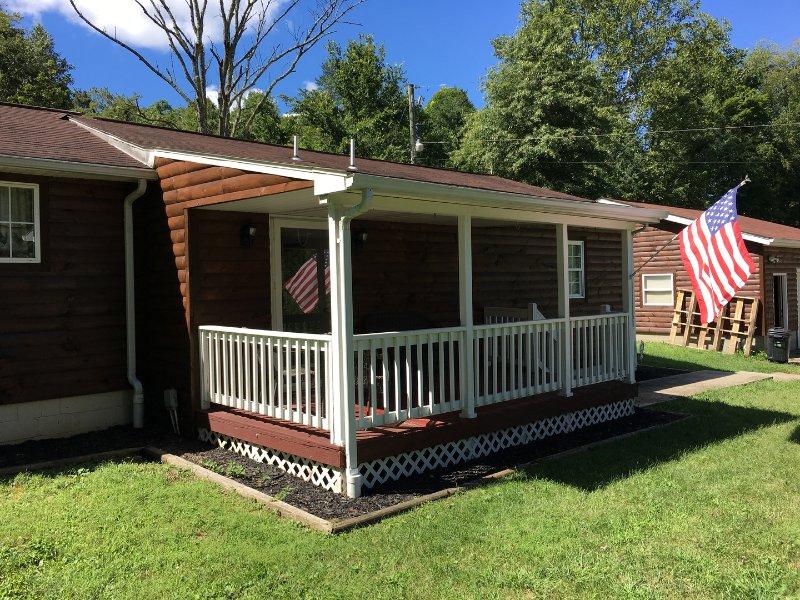 Getaway Cabin 1st Choice Cabin Rentals Hocking Hills Between