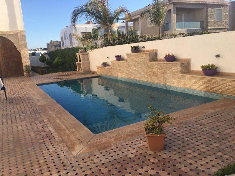 Beach side 3 Bedrooms Pool Villa, location de vacances à Agadir