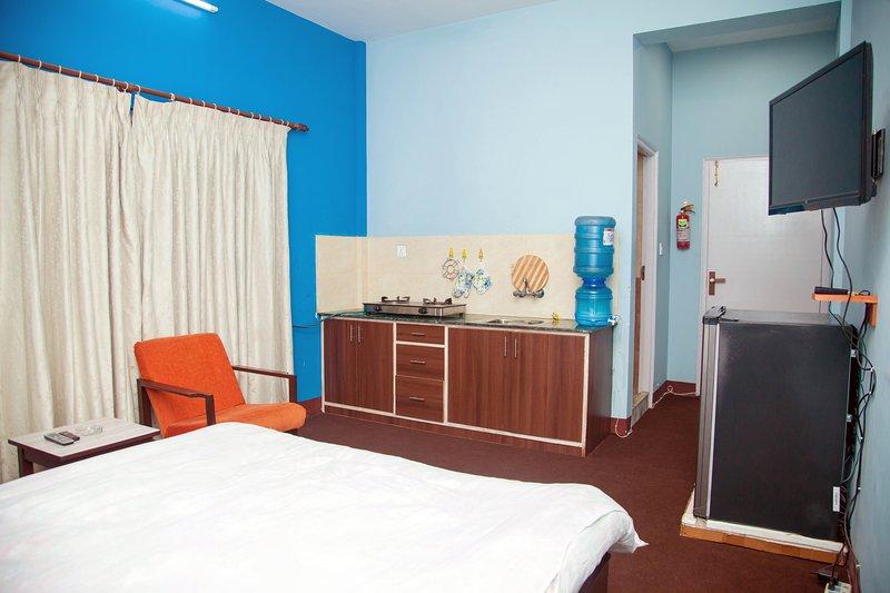 Studio Apartment - Atlas Serviced Apartments, holiday rental in Dakshinkali
