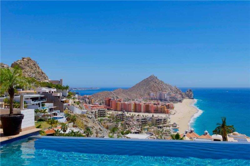 Magnificent Views & GREAT Cabo Location at Villa Jade de Law!, holiday rental in Cabo San Lucas