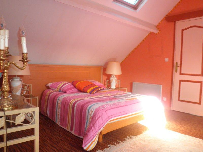 3 bedroom to bedroom floor bathroom wc suite