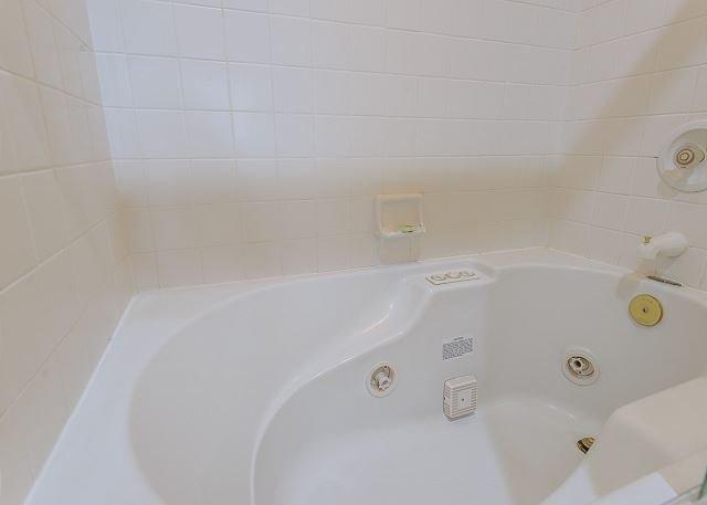 Wonderful tub