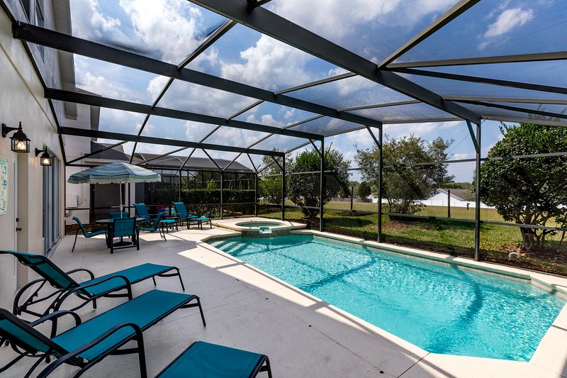 Morning Star Villa - Tropical Retreat near Disney!, vacation rental in Clermont