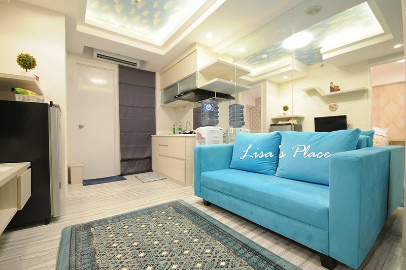 2BR Cozy & Comfort in the top of mall, holiday rental in Bekasi