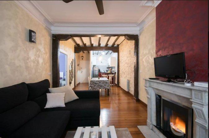 Apartamento exclusivo en el centro del Casco Viejo de Bilbao, holiday rental in Igorre