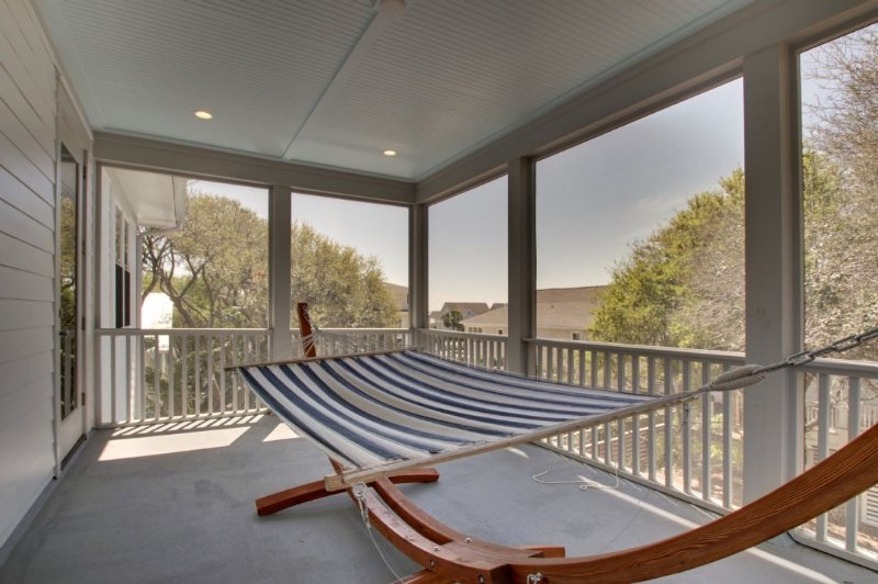 Upper Screened Porch, Just RELAX!