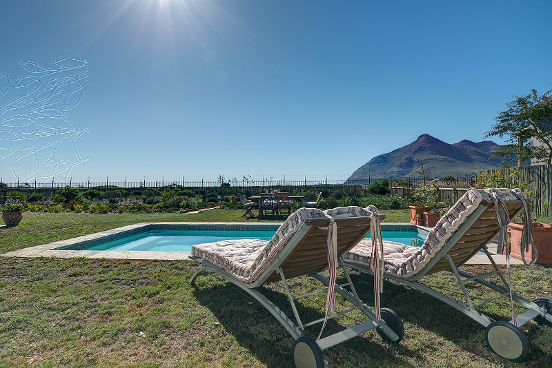 CHAPMANS VIEW VILLA, holiday rental in St. James
