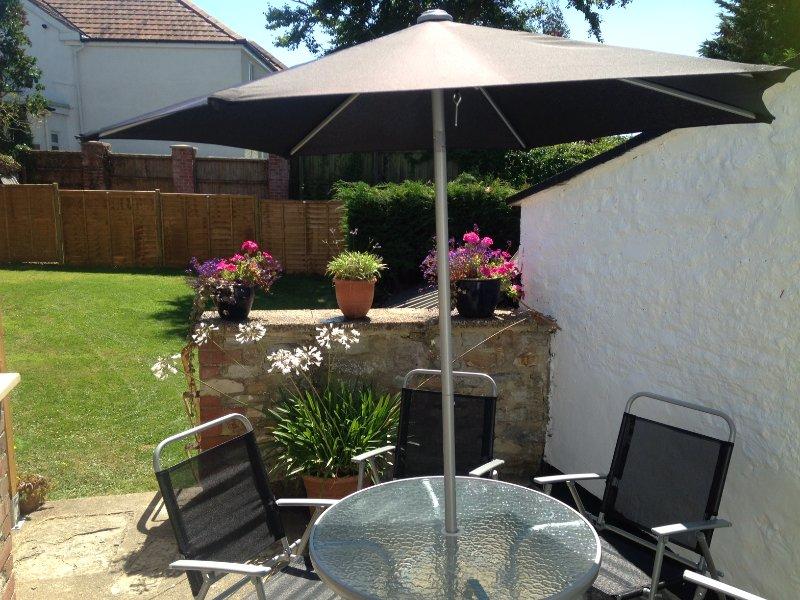 Enjoy alfresco dining on Old Bakery Cottage sun terrace