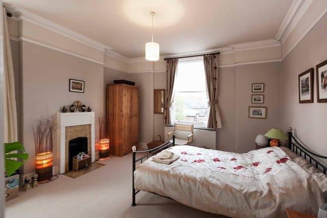 Lumineux et spacieux, double aspect, chambre double salle de bains