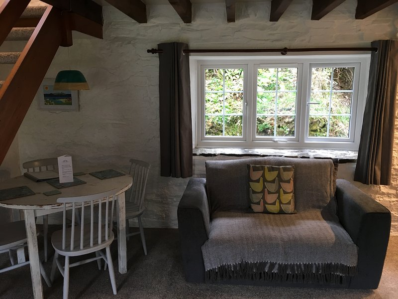 Huel Cottage, Tresarran Cottages, holiday rental in Two Waters Foot