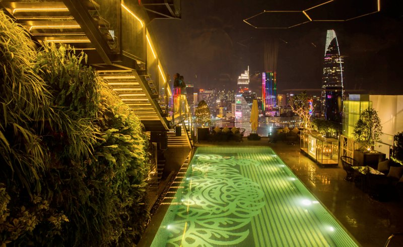 Swimming Pool on Rooftop