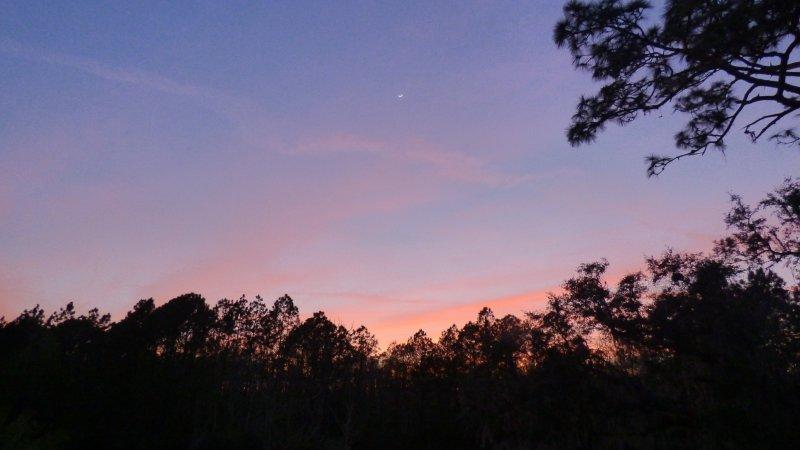 Pôr do sol sobre a reserva