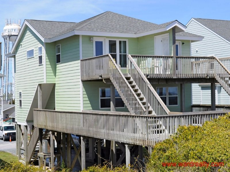 3 BR, 3BA Oceanfront Duplex - Yawl Come South, location de vacances à Surf City