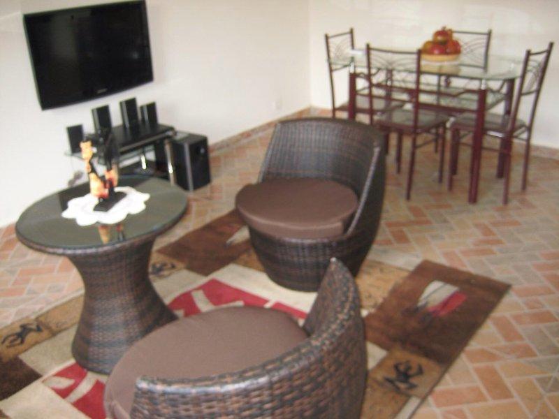 Location saisonnière meublée proche aéroport et mer, location de vacances à Libreville