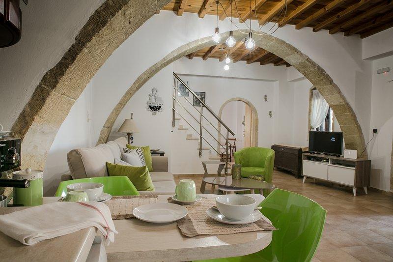 Villa Sunny, holiday rental in Kaliviani