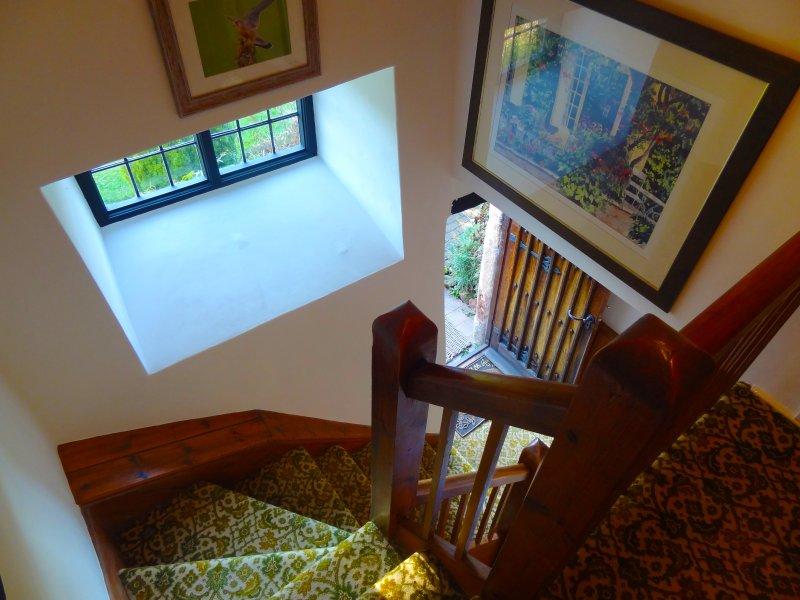 L'atterraggio galleria tra camere da letto 1 e 2 si accede alle scale e bagno al piano superiore.