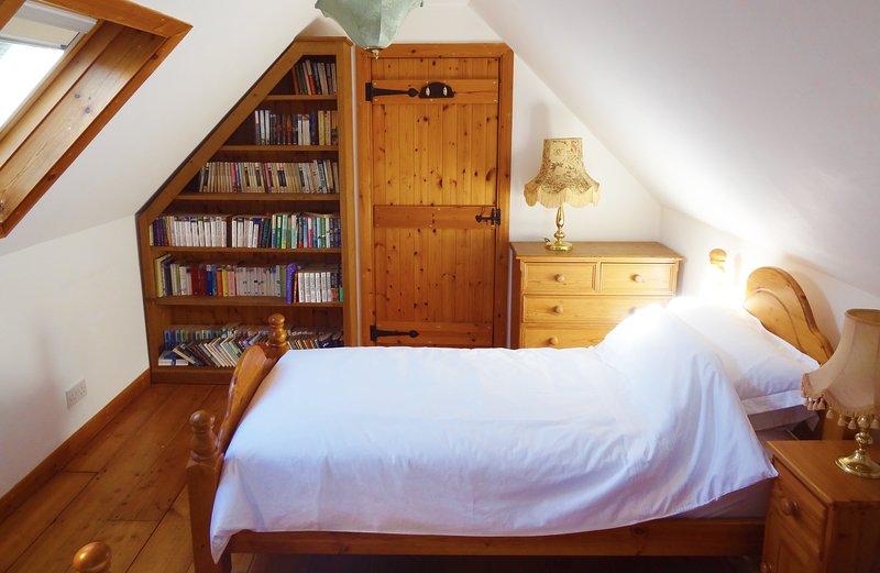 Camera da letto 3 si trova nella parte moderna del palazzo, sopra la cucina.