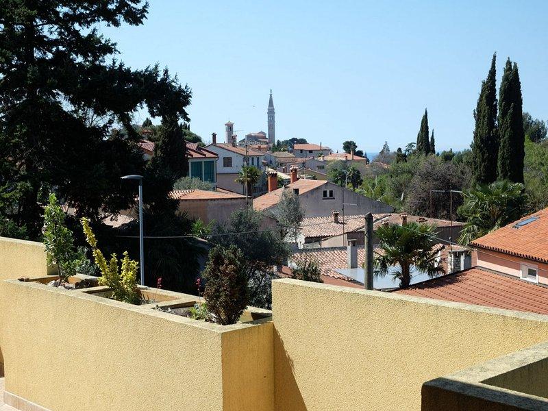 A(4+2): terrace view