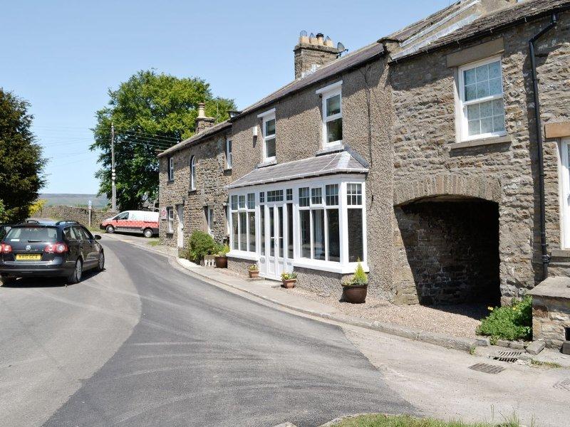 Craven House (West Burton) - Roadside View (Sleeps 5)