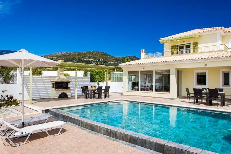 Turtle Beach Villa Mounda Sleeps 2 8 Pool