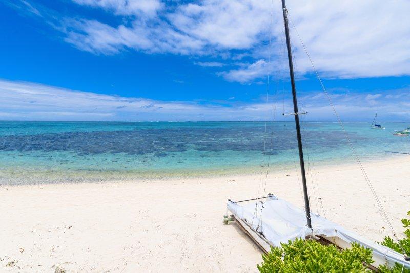 Panorama exquisita a medida que descubre la playa en frente