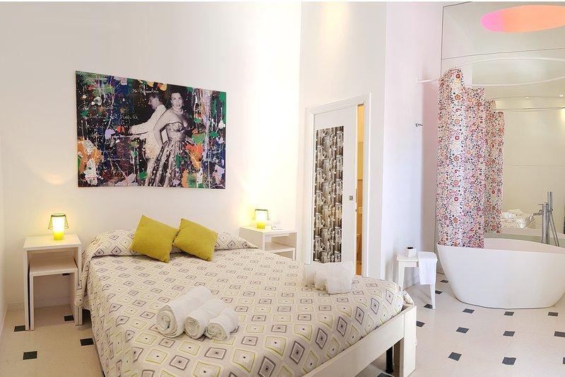 La Bella Trani - Deluxe Room, alquiler de vacaciones en Province of Barletta-Andria-Trani