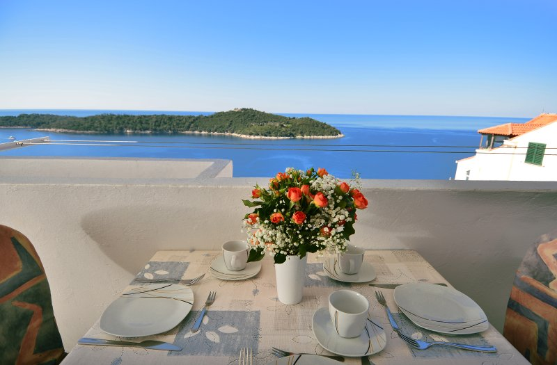 Enjoy your breakfast with this beautiful sea view1