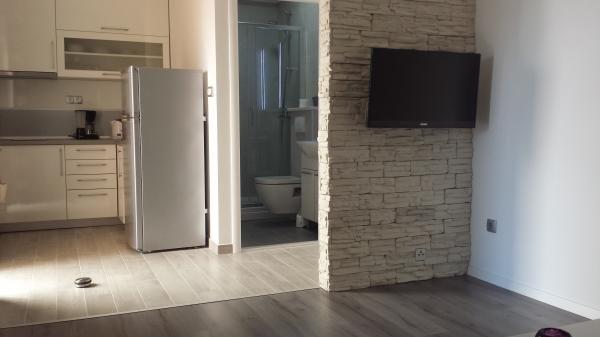 Apartmani Dragica A2+2, holiday rental in Vodice
