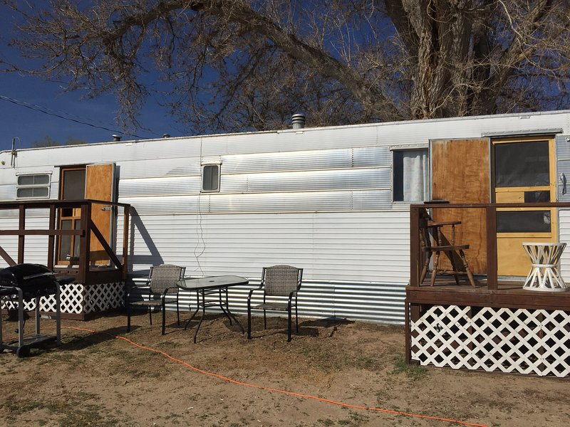 R & R  Rest stop, vacation rental in Baker