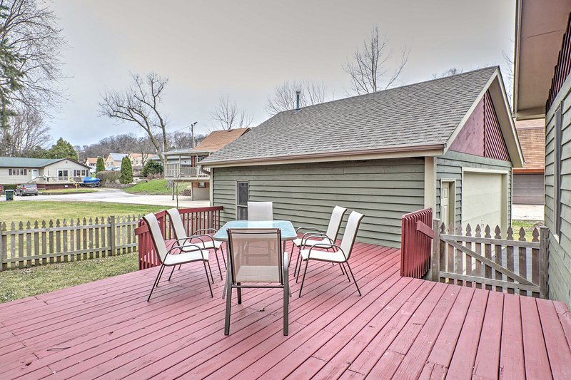 Complete with comfortable patio furniture and a gas grill, the backyard deck is the perfect place to relax and enjoy the company of your traveling companions.