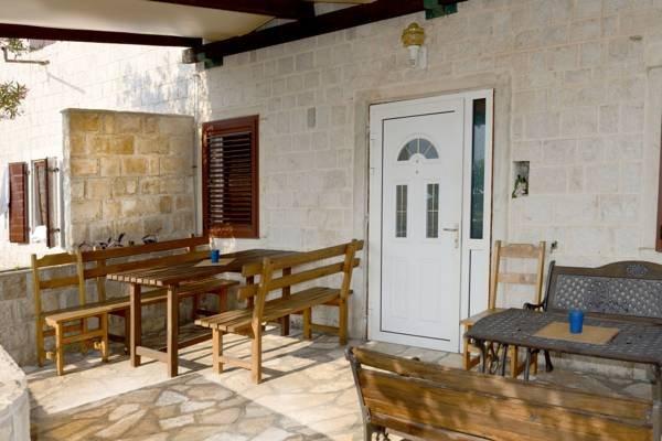 Villa Ljuta Montenegro, holiday rental in Dobra Voda