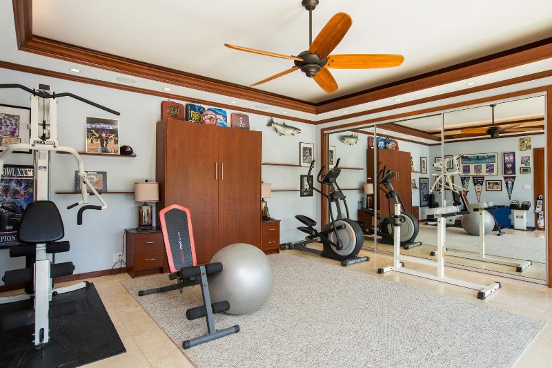 The in-home gym with an optional Murphy bed to transition it into a bedroom.