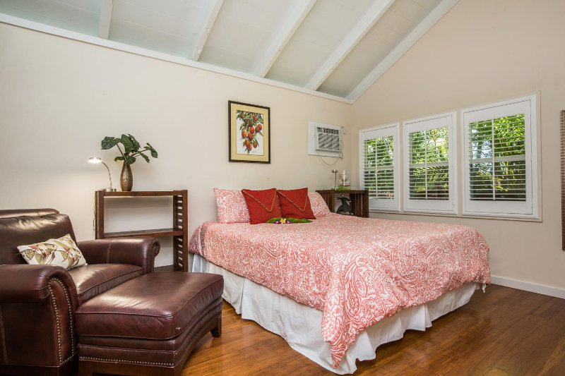 Guest cottage king bedroom.