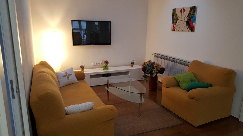 Zagreb Leona Apartment, holiday rental in Veliko Trgovisce