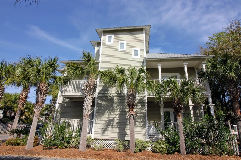 Enjoy a relaxing beach getaway at this charming vacation rental house in Santa Rosa Beach!