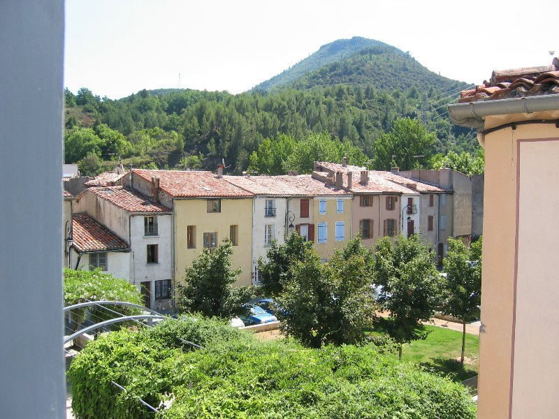 Traditional french house situated in the heart of Quillan, holiday rental in Quillan