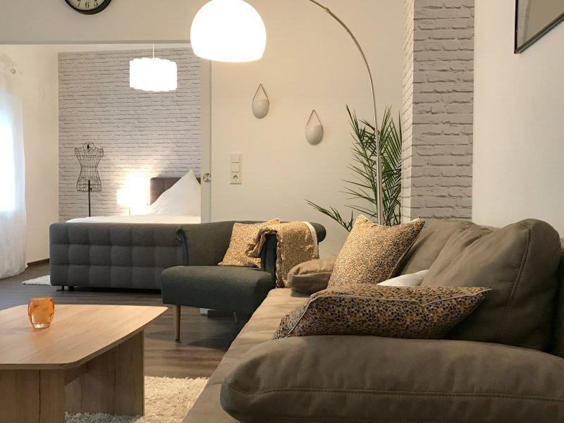 NEU: 5***** Ferienapartment REMSIE, holiday rental in Zeltingen-Rachtig
