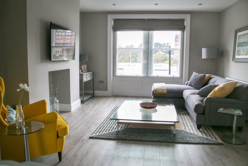Spa Luxury 2 bedroom apt, location de vacances à Bishop Thornton