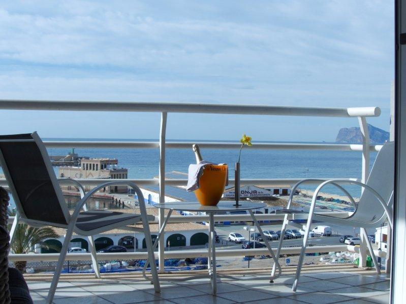 appartement uitstekend gelegen, volledig gerenoveerd, fantastisch zeezicht, vakantiewoning in Calpe
