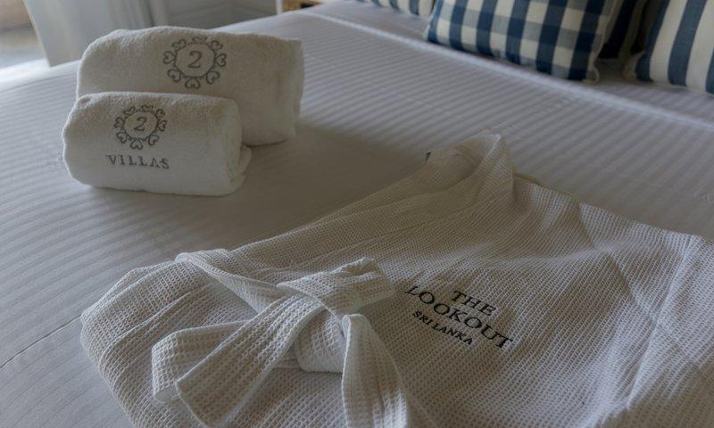 alle handdoeken, badjas, toiletartikelen, haardroger zijn beschikbaar voor uw comfort