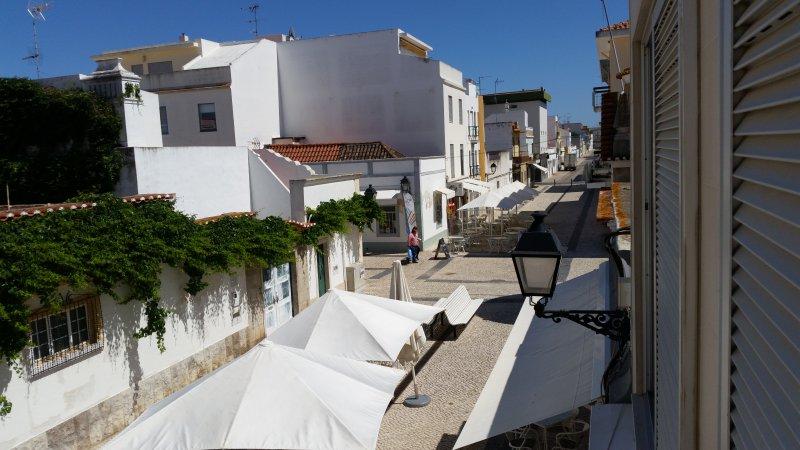 Apartment for rent in the centre of Vila Real de St Antonio, holiday rental in Vila Real de Santo Antonio