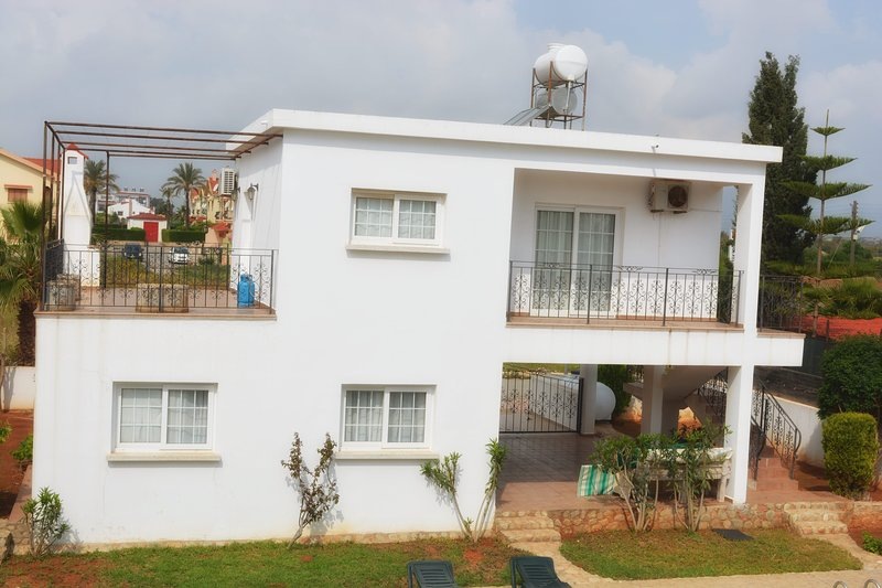 Fully Air Conditioned Apartment Close to the Beach., alquiler vacacional en Bogaz