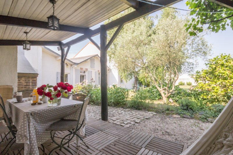 Nantes House, Bed and Breakfast, The House of Turtles in Saint-Sébastien-sur-Loire