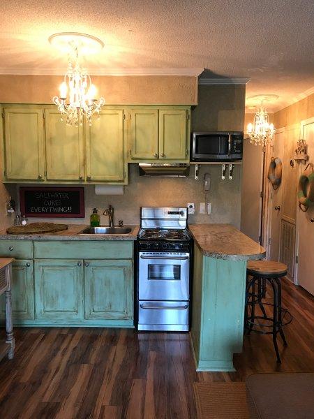 Fully stocked chic kitchen